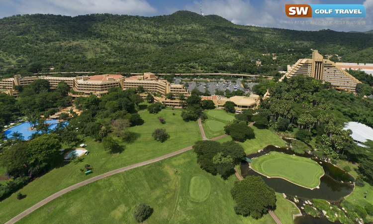 5 amazing places to tee off in South Africa